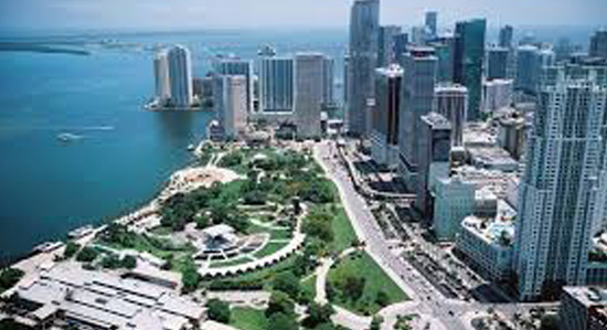 Bayfront Park is hosting the 4th of July party and offers the fireworks.
