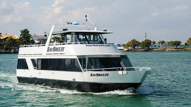The Bay Breeze is a nice tour boat offering harbor cruises of Miami.