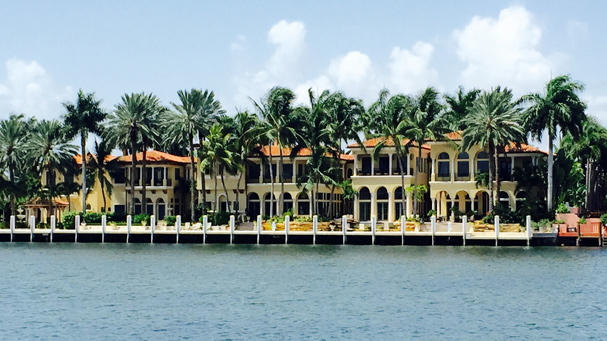 See Wayne Huizenga home on the New River during the Riverfront Cruise in Fort Lauderdale.