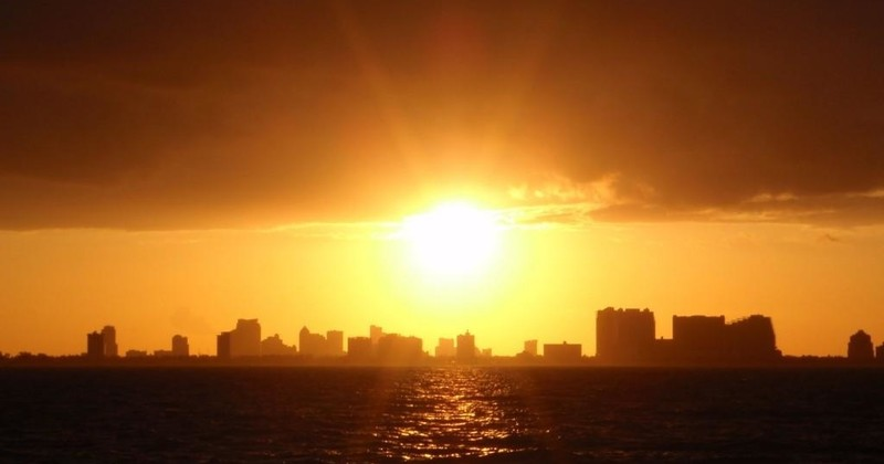 Sunset Cruises Miami Tropical 01